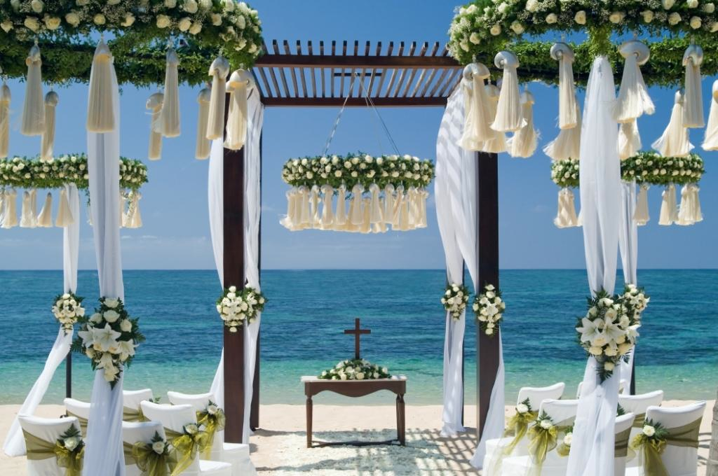 Bali wedding venue the st regis bali resort bali for Au jardin wedding package