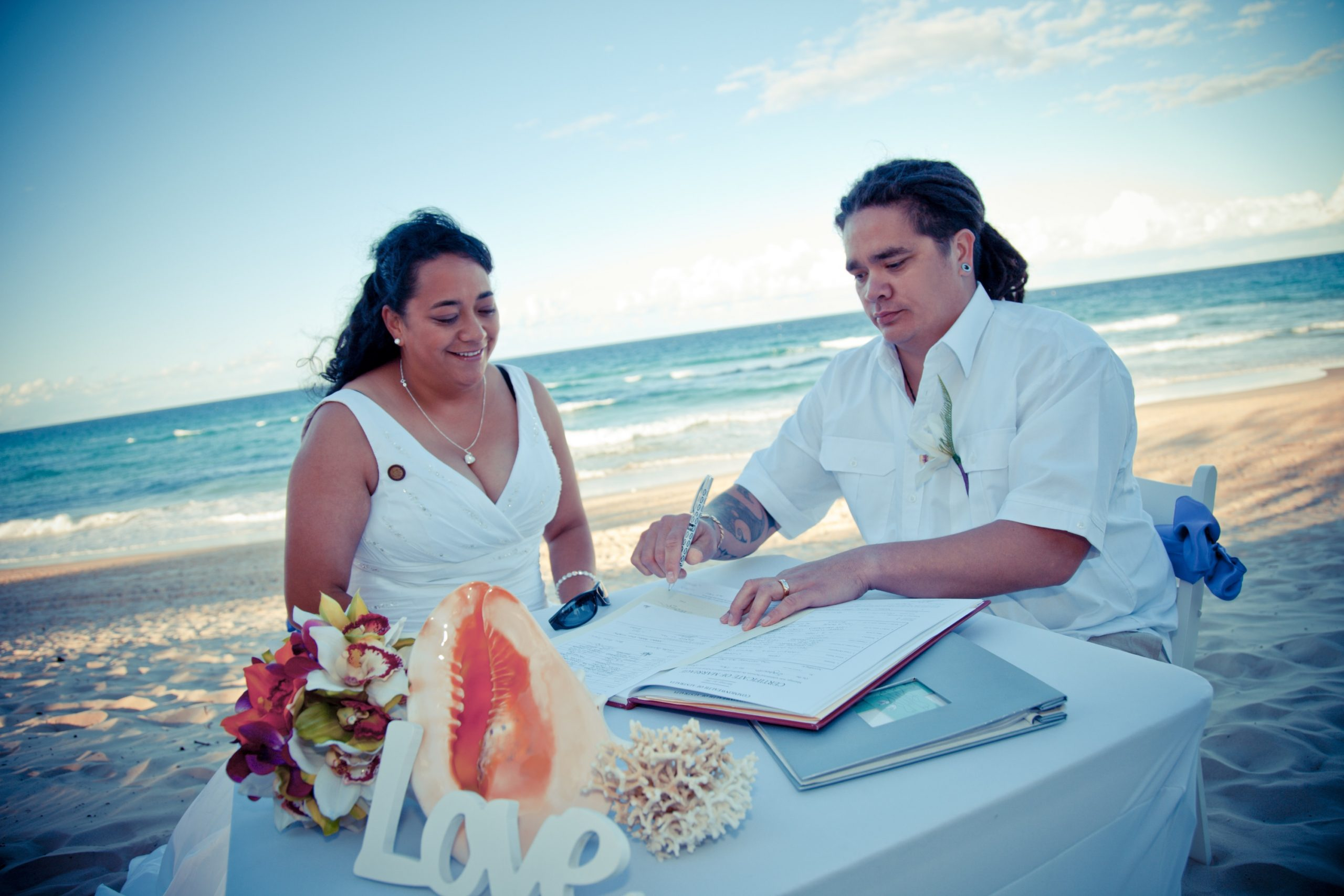 small wedding gold coast - Forever Yours Weddings